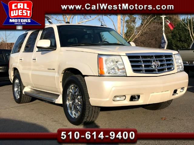 2005 Cadillac Escalade AWD Luxury 3Rows DVD NAV BOSE Tow VeryClean
