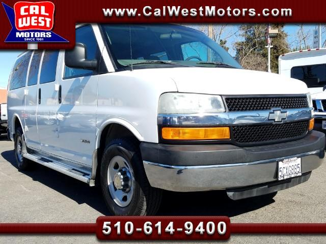 2004 Chevrolet Express 3500 12-Passenger Van 6.0L VeryClean WellMntnd
