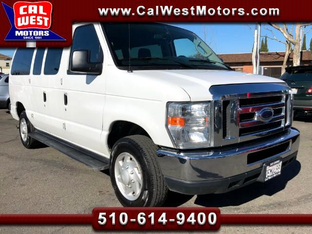 2013 Ford Econoline E350 Super Duty Club Wagon XLT 12Passenger Nice
