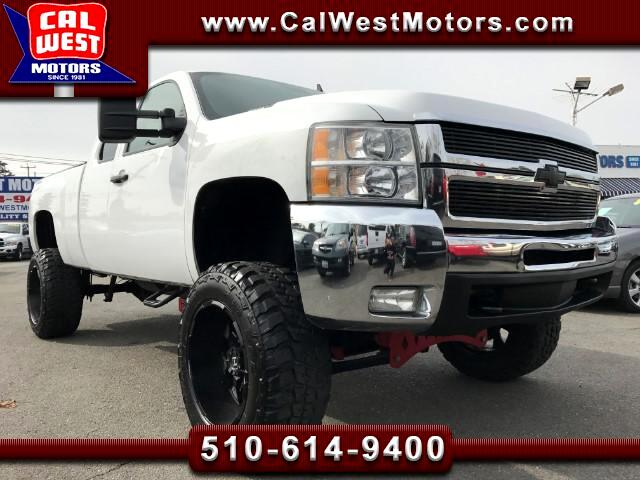 2010 Chevrolet Silverado 2500HD 4X4 Ext. Cab Lifted VeryClean