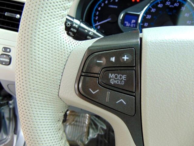 2012 Toyota Sienna XLE FWD 8-Passenger V6