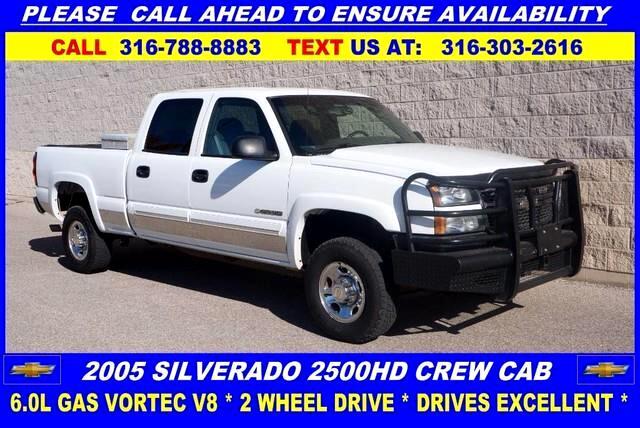 2005 Chevrolet Silverado 2500HD LS Crew Cab Long Bed 2WD
