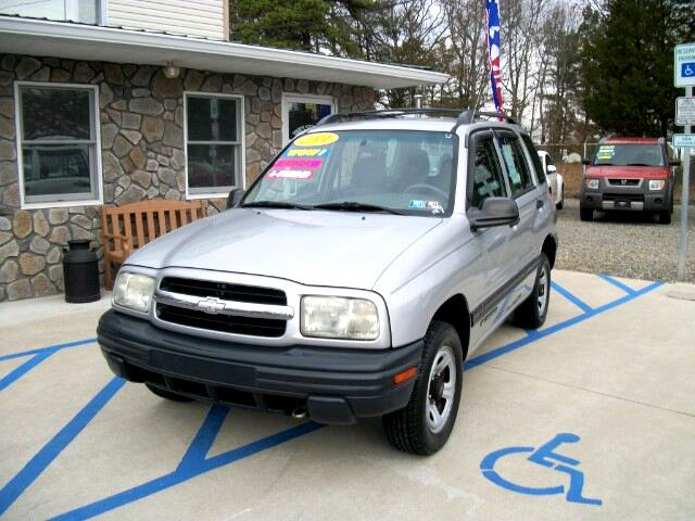 2001 Chevrolet Tracker 4-Door 4WD