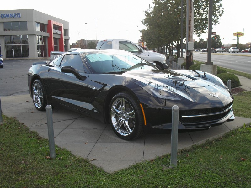 View Chevrolet Corvette Stingray details