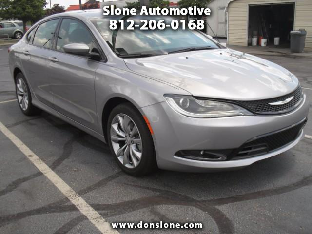 View Chrysler 200 details