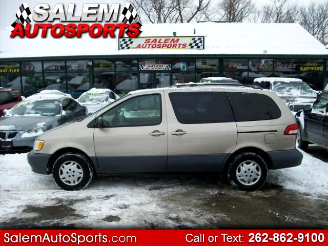 2003 Toyota Sienna LE