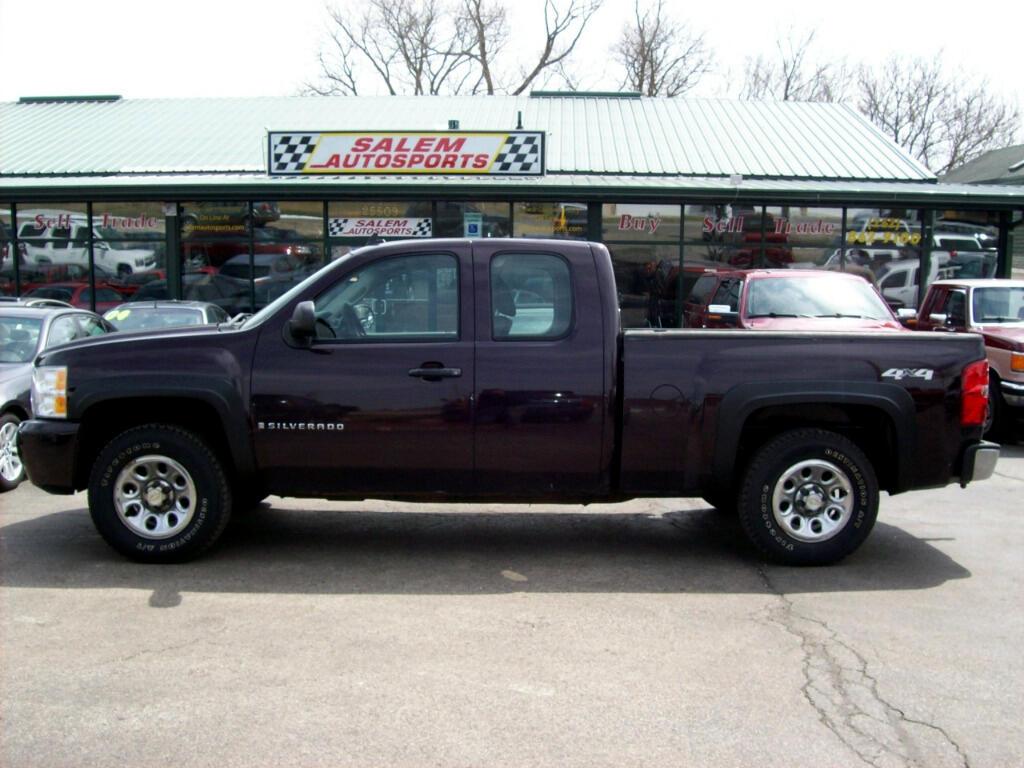 """2008 Chevrolet Silverado 1500 4WD Ext Cab 143.5"""" Work Truck"""