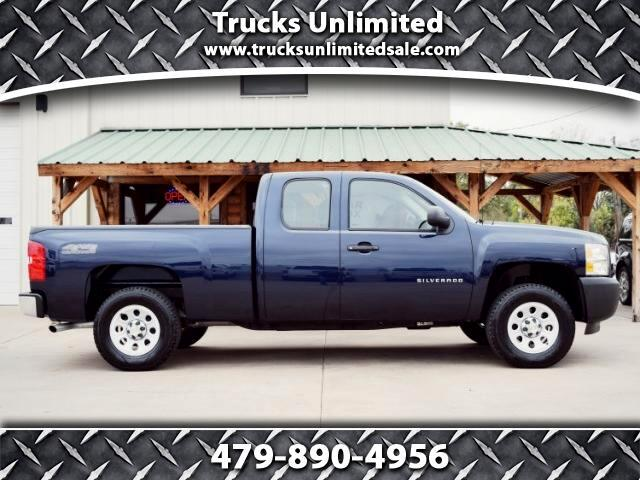 2010 Chevrolet Silverado 1500 Ext. Cab 4-Door Short Bed 4WD