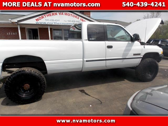 1997 Dodge Ram 3500 ST Club Cab 8-ft. Bed 4WD