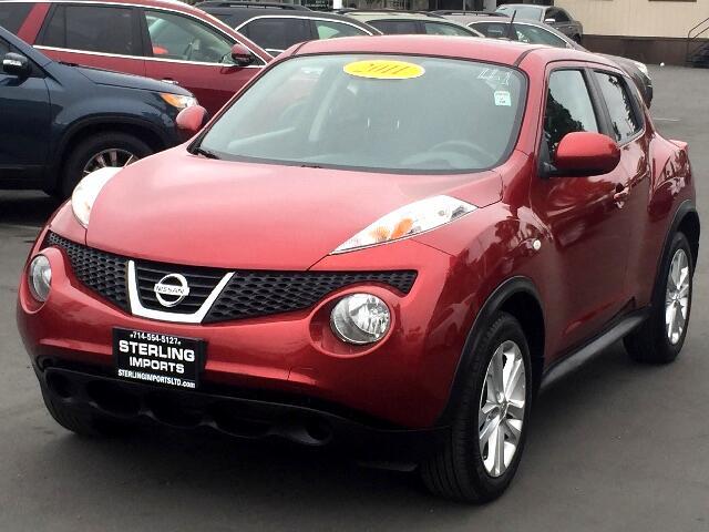 2011 Nissan Juke SV FWD