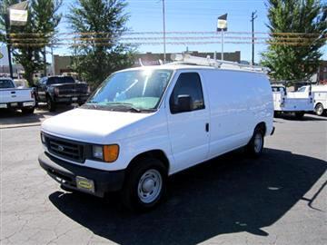 2005 Ford E150
