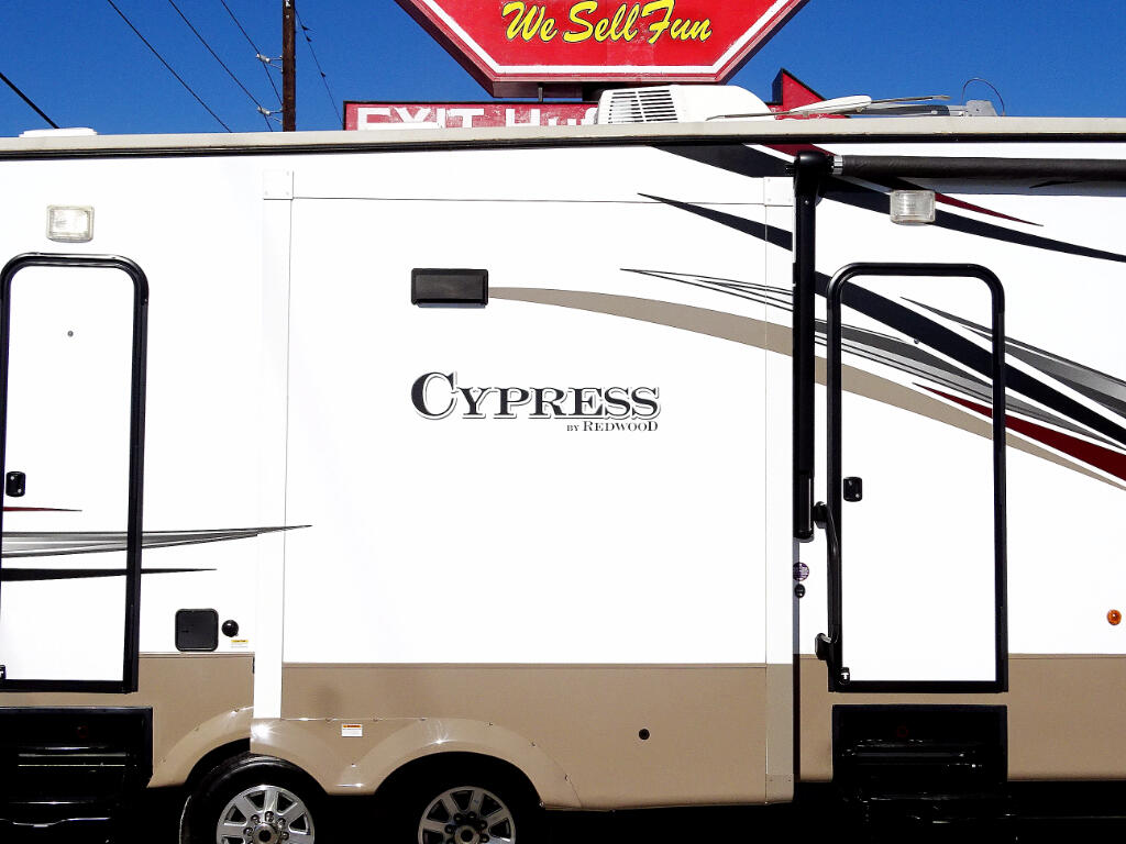 2015 Redwood Cypress 38BHR