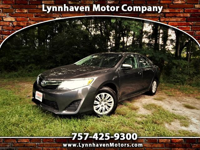 2014 Toyota Camry LE w/ Rear Camera, Bluetooth, 17k Miles, 1 Owner!