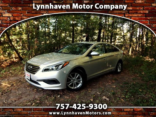 2016 Hyundai Sonata SE w/ Rear Camera, Bluetooth, 24k Miles, One Owner