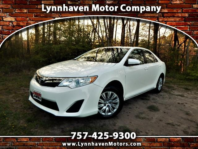 2014 Toyota Camry LE w/ Rear Camera, Bluetooth, 27k Miles!