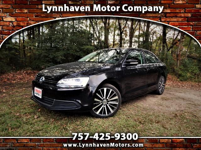 2014 Volkswagen Jetta SE w/ Leather Int., Sunroof, 21k Miles, One Owner!