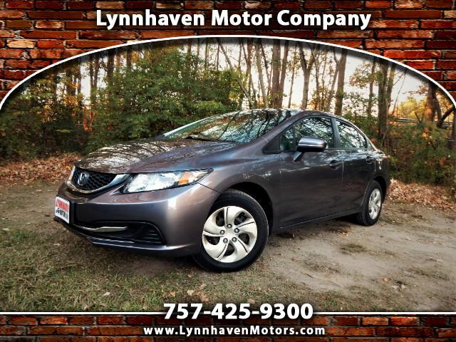 2015 Honda Civic LX w/ Rear Camera, Bluetooth, 17k miles, 1 Owner!