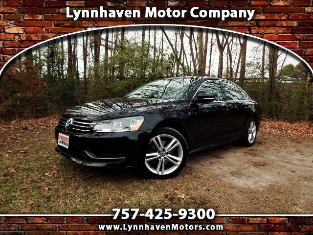 2014 Volkswagen Passat Navigation, Camera, Leather Int., Sunroof !
