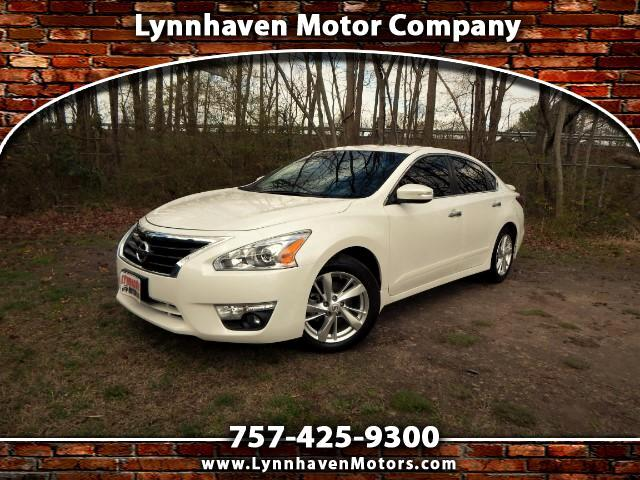 2015 Nissan Altima 2.5SL w/ Navigation, Leather, Sunroof, Camera, 26k