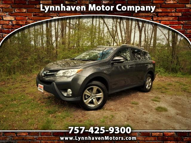2015 Toyota RAV4 XLE AWD, Sunroof, Rear Camera, 18k Miles!
