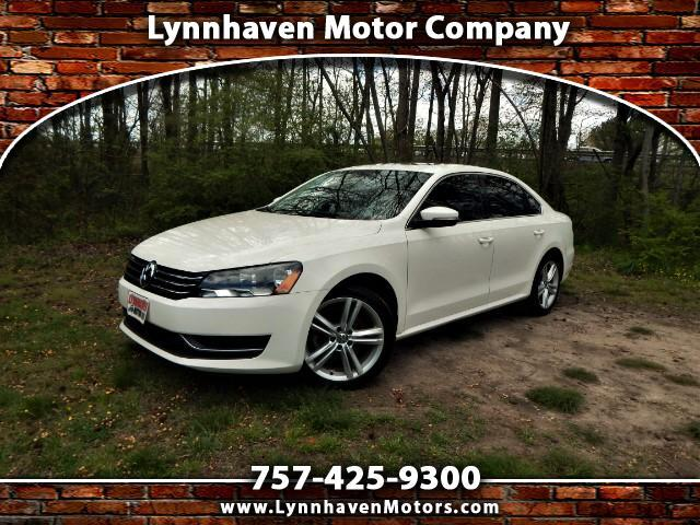 2014 Volkswagen Passat Navigation, Rear Camera, Sunroof, Leather Interior