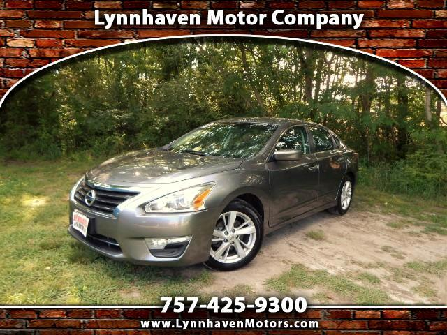 2014 Nissan Altima 2.5 SV w/ Rear View Camera, Bluetooth, 21k Miles,