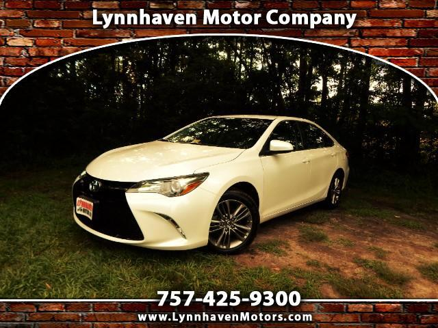 2015 Toyota Camry SE w/ Rear Camera, Leather Trim, Bluetooth,21K Mis
