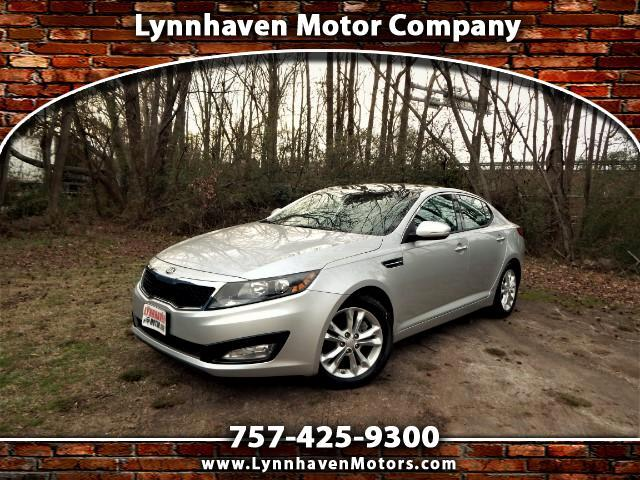 2014 Kia Optima EX w/ Panorama Roof, Leather Int., Camera, 24k Mil