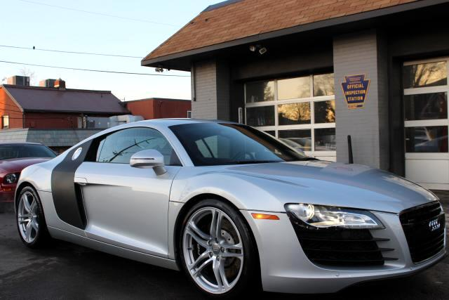 2009 Audi R8 Coupe quattro 6 Speed Manual