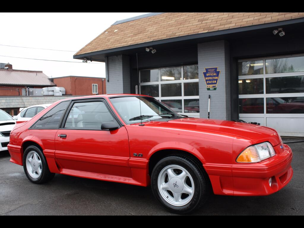 1992 Ford Mustang GT hatchback