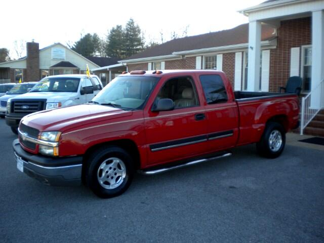 2003 Chevrolet Silverado 1500 LT Ext. Cab 4-Door Short Bed 2WD