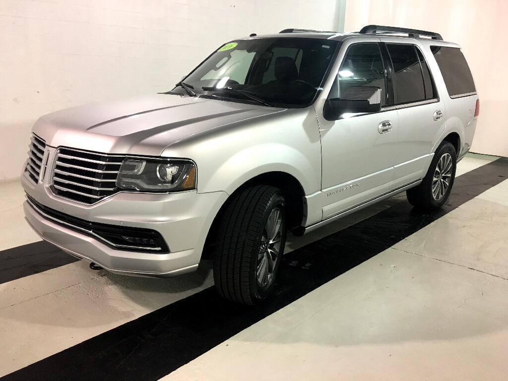 2016 Lincoln Navigator Select 2WD