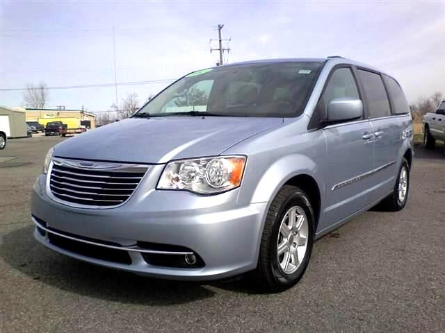2013 Chrysler Town &amp; Country