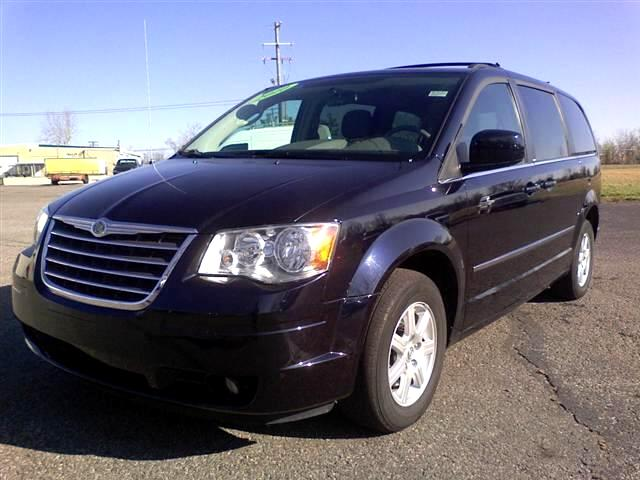 2010 Chrysler Town &amp; Country