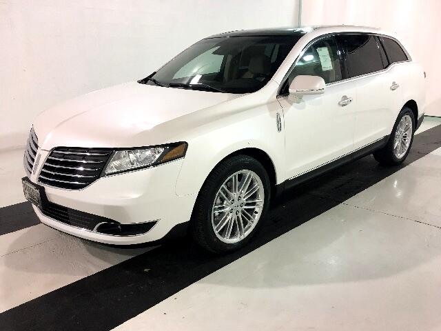 2017 Lincoln MKT 3.5L with EcoBoost AWD
