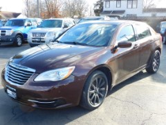 2013 Chrysler 200