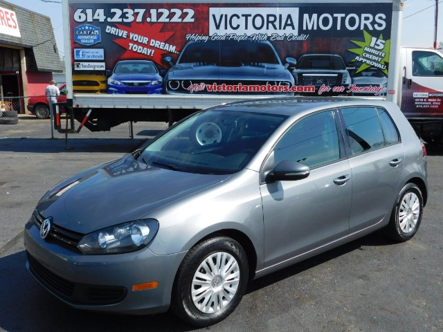 2012 Volkswagen Golf 2.5L 4-Door