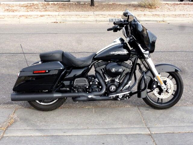 2014 Harley-Davidson FLHXI Street Glide