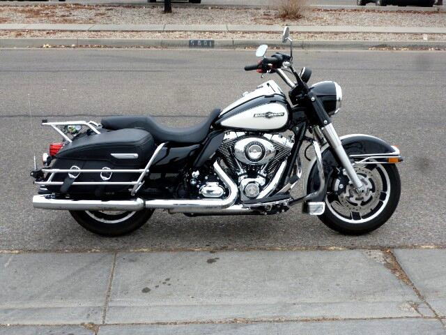 2011 Harley-Davidson FLHPI POLICE ROAD KING