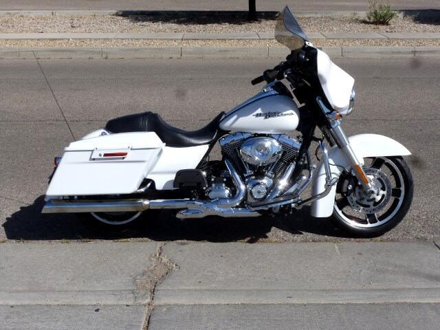 2011 Harley-Davidson FLHXI Street Glide