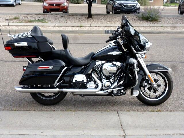 2014 Harley-Davidson FLHTCU LIMITED