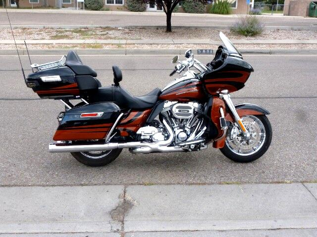 2015 Harley-Davidson CVO Limited ROAD GLIDE CVO
