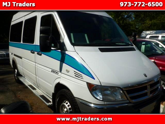 2004 Dodge Sprinter Wagon 2500 High Ceiling 140-in. WB