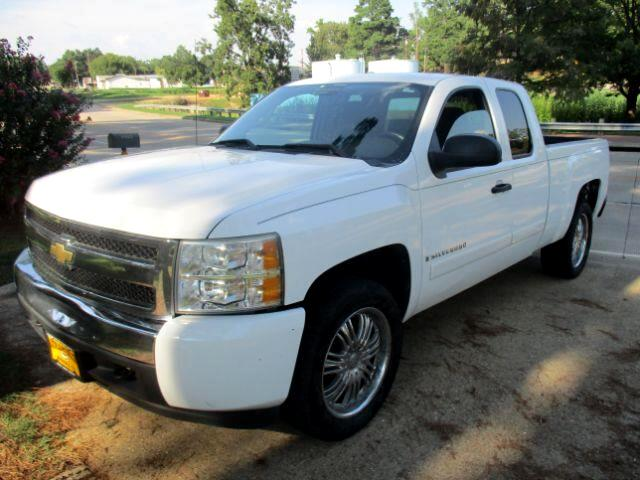 2008 Chevrolet Silverado 1500 LT1 Ext. Cab Long Box 2WD