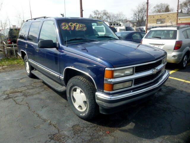 1999 Chevrolet Tahoe 4WD 4dr 1500 LT