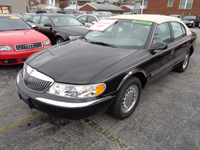 1999 Lincoln Continental Luxury Appearance
