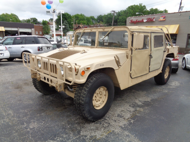 2006 AM General Hummer 4-Passenger Open Top Hard Doors