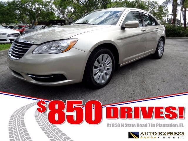 2014 Chrysler 200 The midsize Chrysler 200 comes in sedan and convertible versions and offers a cho