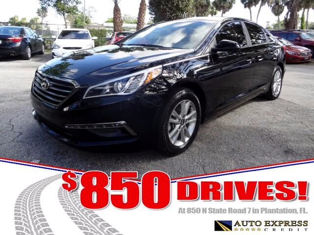 2015 Hyundai Sonata Like the perennial mid-size sedan sales leaders it seeks to upstage the Sonata