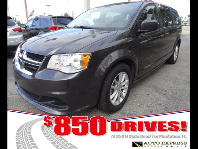 2015 Dodge Grand Caravan Dodge Grand Caravan and the similar but more luxurious Chrysler Town  Cou